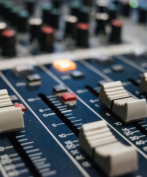 Viva FM Limassol - Radio Station - wwa245